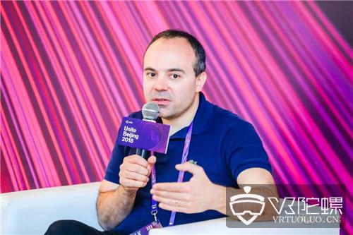 育碧游戏开发总监Olivier Palmieri:如何开发一款怎么飞都不晕的VR飞行游戏?