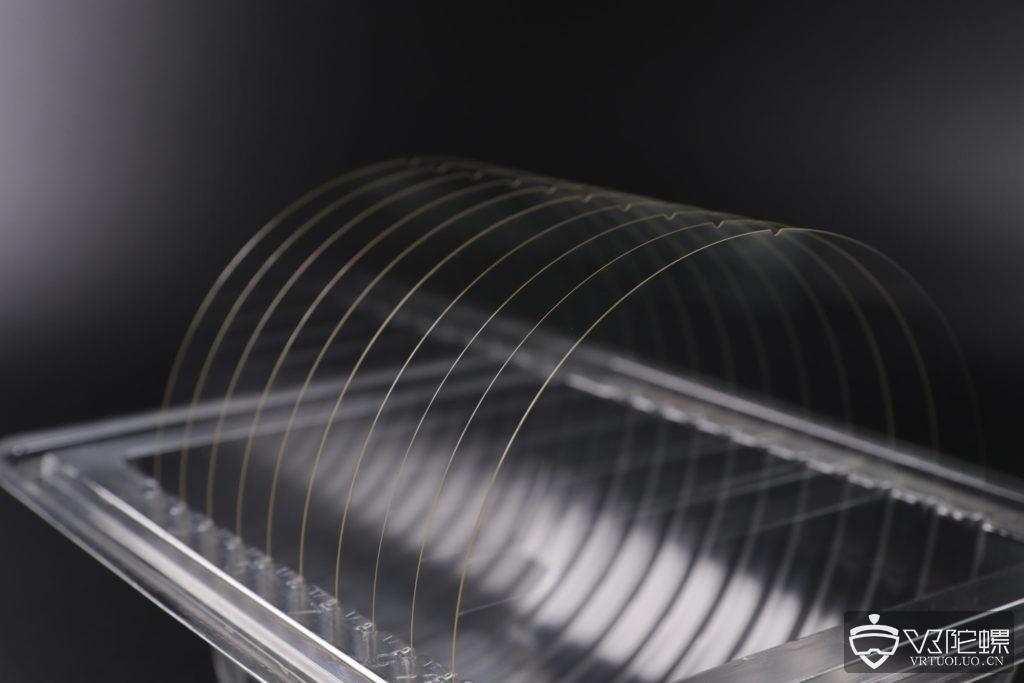 SCHOTT推出新型高折射率玻璃晶片,实现更逼真AR体验