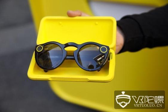 Snap 新款Spectacles 智能AR眼镜,将于12号推出