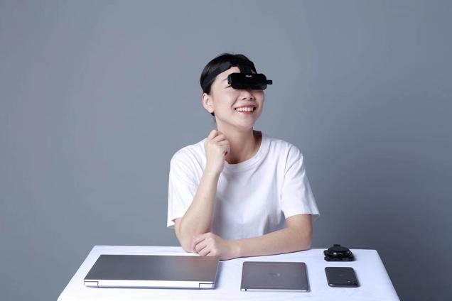 耐德佳发布新款AR眼镜——二代WatchAR小灵镜