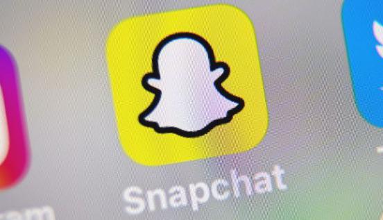 Snapchat推出AR Bar 3D绘图功能