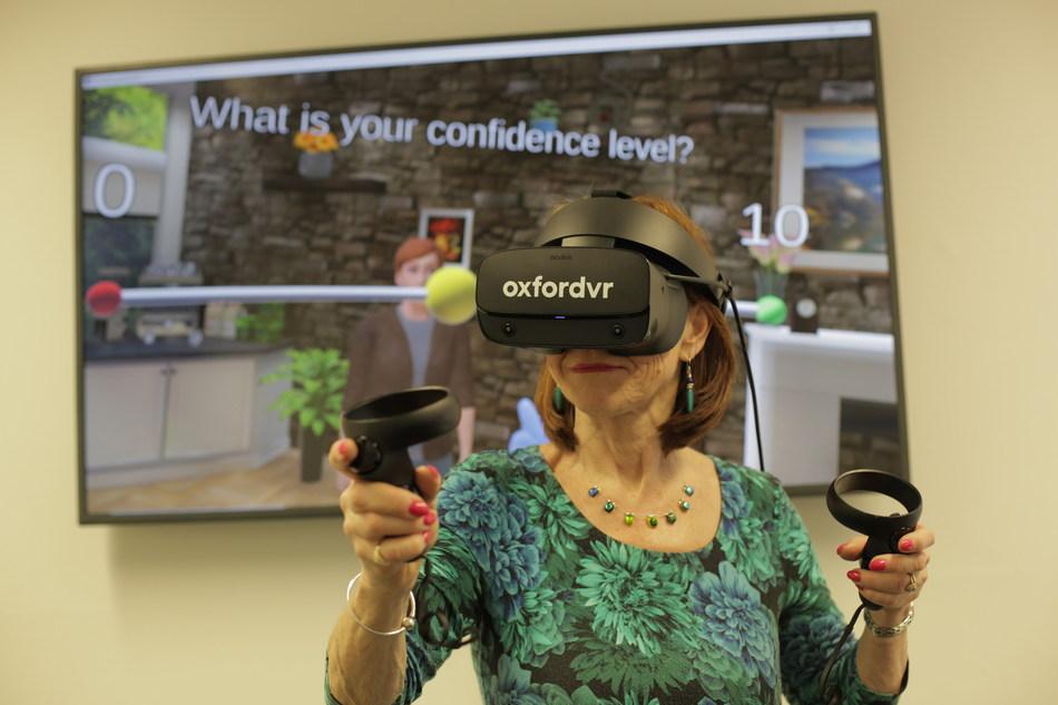 Oxford VR推出VR心理治疗干预技术,以解决焦虑社交回避