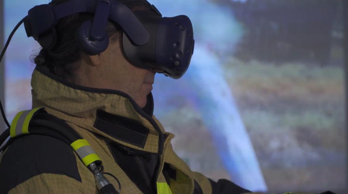 澳大利亚昆士兰消防局采用VR技术对消防员及志愿者进行消防培训