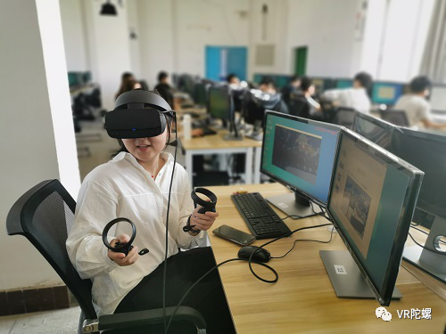 """浅剖VR+教育发展现状之""""VR学""""与""""学VR""""两大模式"""