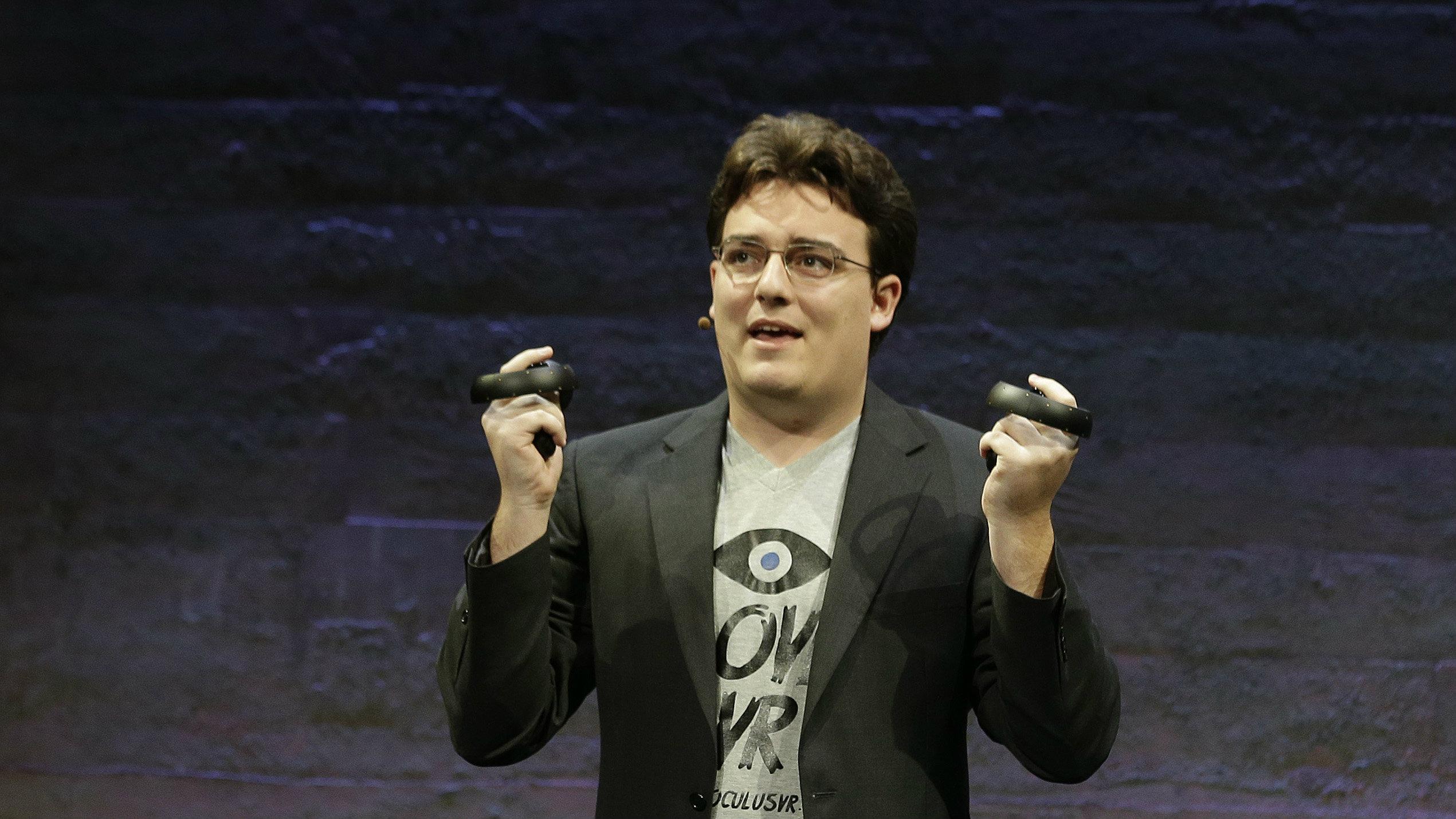 Oculus创始人Palmer Luckey:头显运行无需FB账户是基于任职期间的承诺