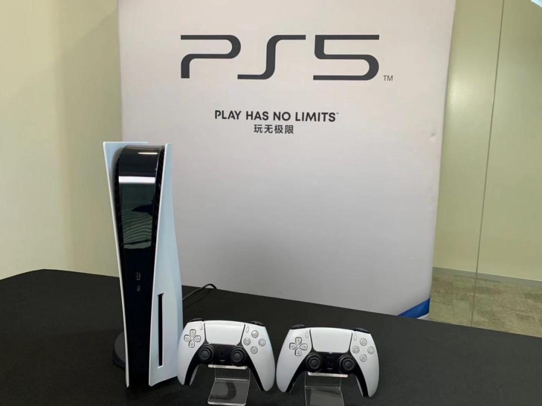 【首测】PSVR 2迟迟不来,但PS5是真的香!