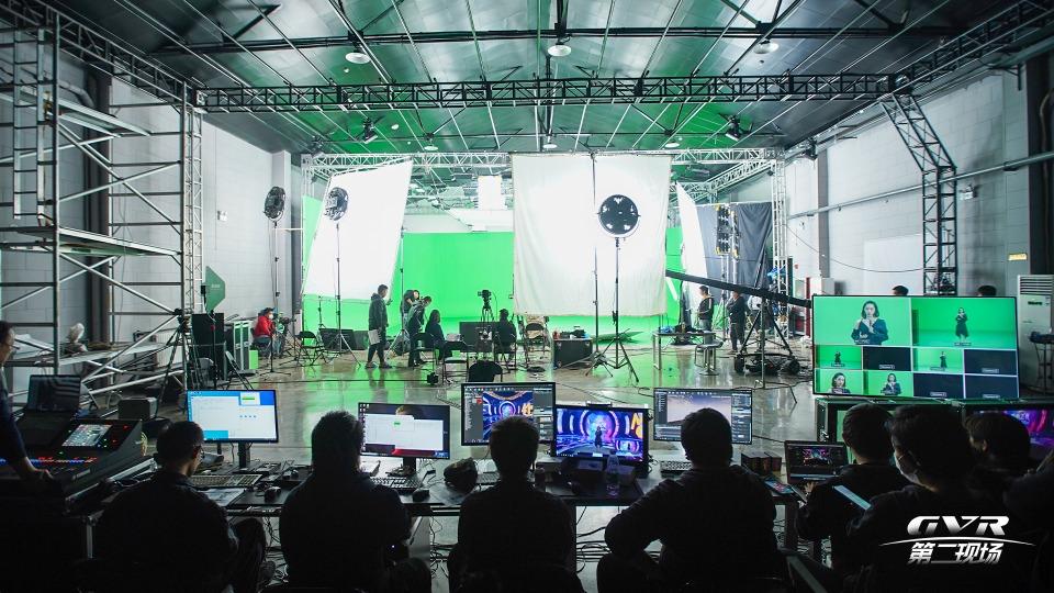 11组艺人,40天制作,中国移动咪咕携手银河威尔科技打造全MR虚拟舞台表演