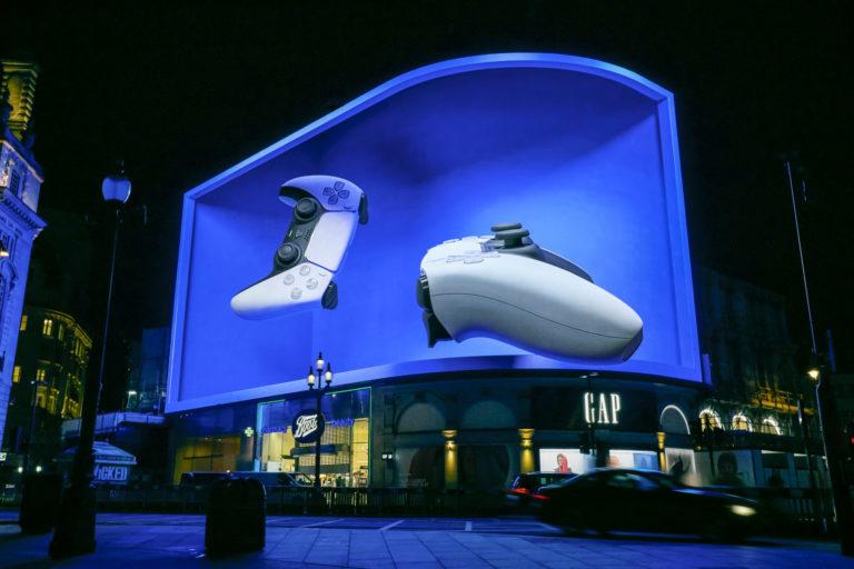 AR广告商Darabase联手Ocean Outdoor,在伦敦Piccadilly广场推出与屏幕联动的AR体验