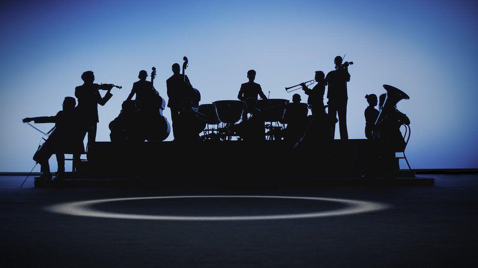 音乐剧《交响曲》通过虚拟现实技术向青少年传播古典音乐