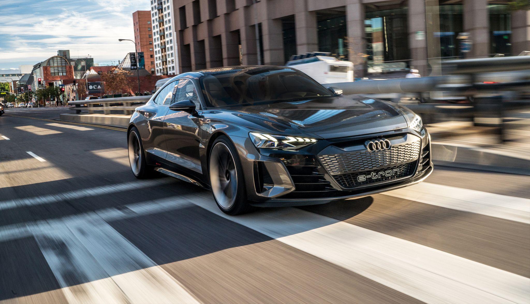 全程无需物理原型,奥迪如何通过VR生产新e-tron GT车型?