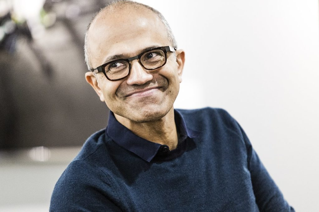"工作的未来:微软CEO Satya Nadella于演讲中提出""企业元宇宙"""