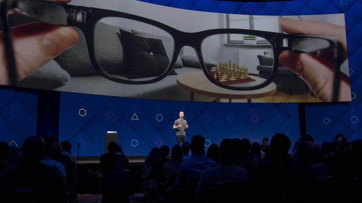 Facebook宣布正与13所大学合作开发项目,通过训练AI为AR眼镜提供更智能服务
